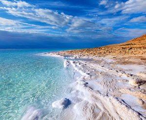 海面下400メートルの奇跡の湖、ヨルダン死海で取れるミネラルたっぷりのデッドシーソルト